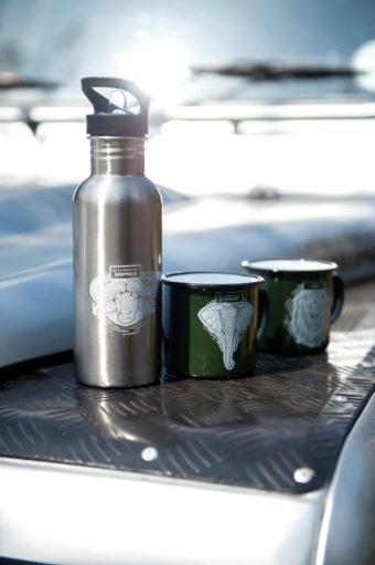 individually designed emaille cup and stainless steel bottle with white toner